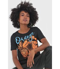 camiseta my favorite thing(s) orange preta