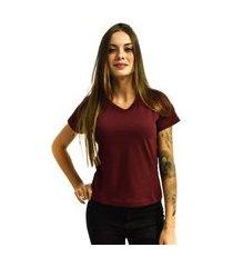 camiseta nakia gola v básica feminina lisa malha manga curta vinho