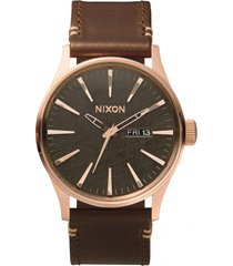 reloj sentry leather rosa nixon