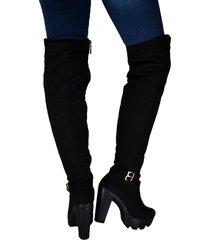botas en microfibra extralarga tacón 7 y medio  outfit sicilia negro