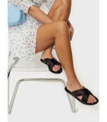 nly shoes multistrap flat sandal sandaler
