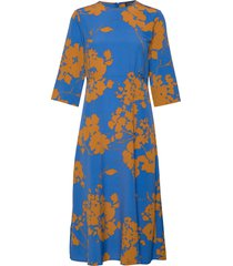 slfjade-oriana 3/4 aop midi dress b jurk knielengte blauw selected femme