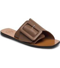 ceci black vacchetta shoes summer shoes flat sandals brun atp atelier