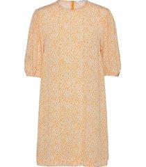 aram ss dress aop 12949 knälång klänning orange samsøe samsøe