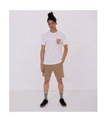 camiseta com recorte e bolso em suede | blue steel | branco | pp