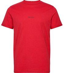 lens t-shirt t-shirts short-sleeved röd les deux
