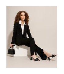 calça alfaiataria flare com fenda cintura alta preta