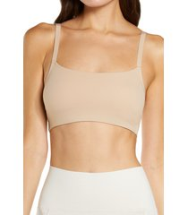 natori limitless convertible sports bralette, size x-large in caf at nordstrom
