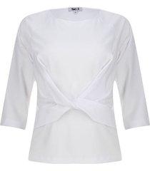 blusa anudada en frente color blanco, talla 8