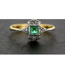 0.1ctw princess cut green emerlad two tone white & yellow wedding ring