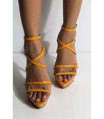 akira cape robbin take me back strappy sandal