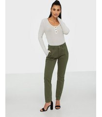 selected femme slfmegan mw chino noos w chinos