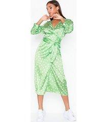 aéryne cowry dot dress loose fit dresses