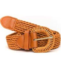 cinturon de rafia camel guinda
