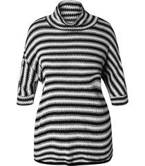 plus size turtleneck striped sweater
