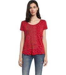 camiseta rojo-blanco-negro desigual