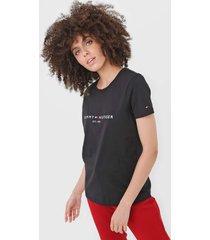 camiseta tommy hilfiger logo preta - preto - feminino - algodã£o - dafiti