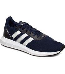 swift run rf låga sneakers blå adidas originals