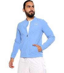 chaqueta azul under armour