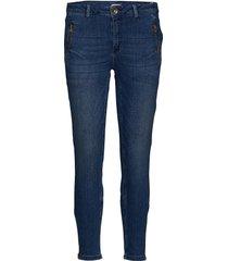 relaxed jeans in 7/8 length skinny jeans blå coster copenhagen
