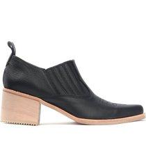 zapato negro fiori 3001b