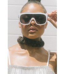 akira only intentions sunglasses