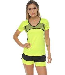 camiseta manga corta sublimada en frente, verde lima para mujer