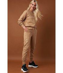 na-kd branded sweatpants - beige