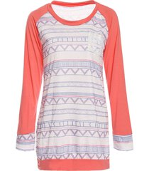 stylish round neck long sleeve pocket design printed women's t-shirt