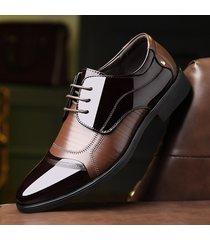 scarpe stringate formali classiche in clolore abbinato