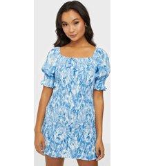faithfull the brand magnolia mini dress fodralklänningar
