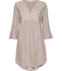 curious dress kort klänning creme odd molly