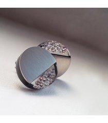 okrągłe kolczyki z cyrkoniami
