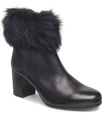 olapa_sty shoes boots ankle boots ankle boots with heel svart unisa