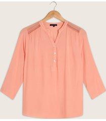 blusa manga 3/4 cuello mao con encaje en hombro-l