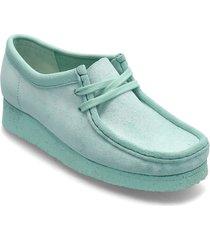 wallabee. loafers låga skor grön clarks originals