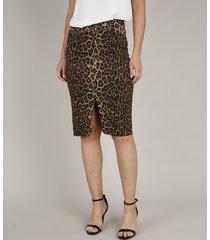 saia de sarja feminina estampada animal print com fenda marrom
