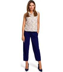 blouse style s188 mouwloos shirt met print - model 2