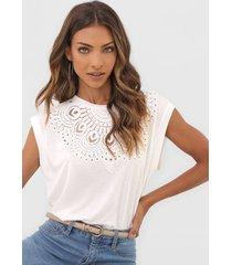 camiseta desigual budapest off-white - off white - feminino - viscose - dafiti
