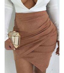 falda cruzada caqui diseño de ante de talle alto
