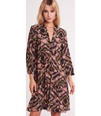elegancka sukienka we wzory susane