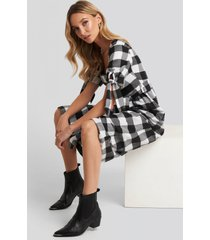 trendyol black plaid belted dress - black,multicolor