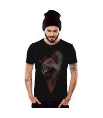 camiseta di nuevo mulher selvagem solitária enigmática preto