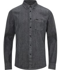 skjorta button down
