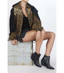 abrigo para mujer tennis, plano, fondo entero y bordada en almillas