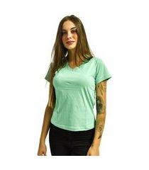 camiseta nakia gola v básica feminina lisa malha manga curta verde água