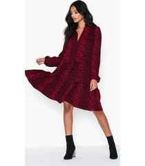neo noir federica red leo dress loose fit dresses