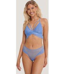 na-kd lingerie v-stringtrosa med spetsvolang - blue