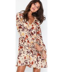 glamorous long sleeve v neck dress loose fit dresses