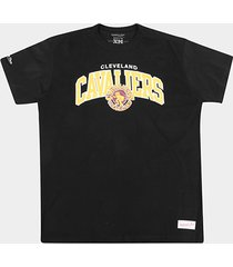 camisa mitchell & ness time arch cleveland cavaliers masculina